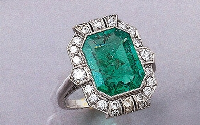 18 kt gold Art-Deco-ring with emerald and...