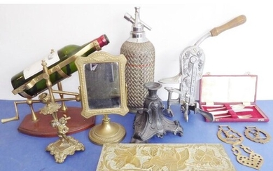 A varied selection of mostly metalware; to include an early ...