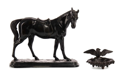 AN EARLY 20TH CENTURY BRONZED SPELTER FIGURE OF A HORSE, ALONG WITH A PIN DISH