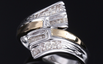 Diamond ring in 9K gold and white gold
