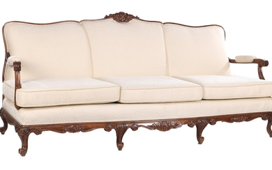 (-), Classic 3-seater sofa with a beautifully decorated...