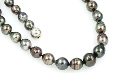 Necklace with cultured tahitian pearls and brilliants ,...