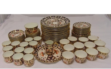 Royal Crown Derby Imari pattern dinner and tea service to in...