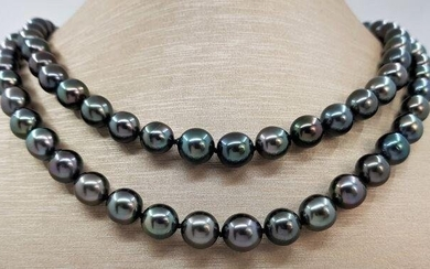 8x11mm Shimmering Green Tahitian pearls - Necklace