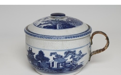 A CHINESE EXPORT PORCELAIN CHAMBER POT AND COVER of rounded ...