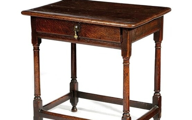 A SMALL OAK SIDE TABLE LATE 17TH / EARLY 18TH CENTURY fitted with a frieze...