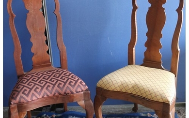 Set of eleven Queen Anne style hardwood dining chairs with s...