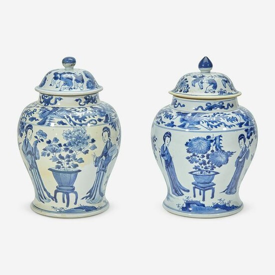 Two similar Chinese blue and white porcelain jars