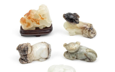 A GROUP OF FIVE JADE CARVINGS OF ANIMALS