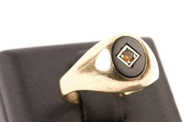 Antique 9ct Gold, Onyx & Yellow Stone Ring
