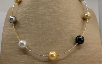 United Pearl - 10x13mm Tahitian and South Sea Pearls - 18 kt. Tricolour - Necklace