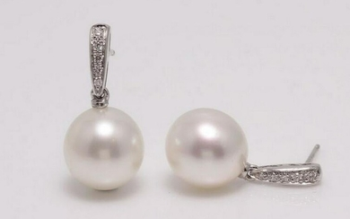 14 kt. White Gold - 9x10mm South Sea Pearls - Earrings