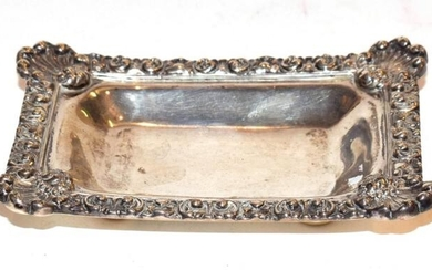 A small Victorian silver dish, assayed London 1893,126 grams, 11.75cm...