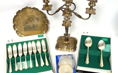 An Arthur Price silver plated canteen of cutlery for 8 setti...