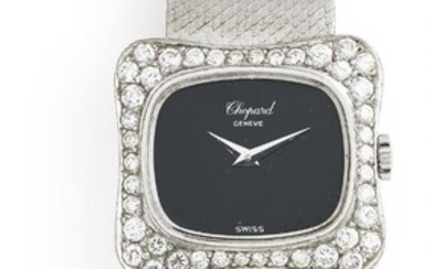 Chopard: A lady's wristwatch of 18k white gold with numerous brilliant-cut diamonds, ref. 5028-1. Mechanical movement with manual winding. 1970s. – Bruun Rasmussen Auctioneers of Fine Art