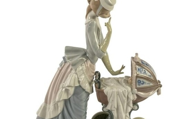 Lladro Spain Porcelain Babys Outing Figurine #4938