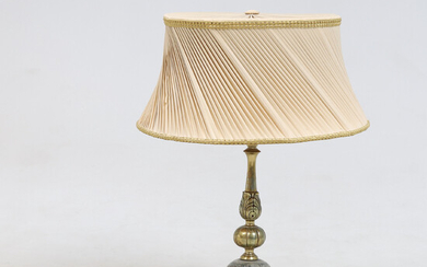 TABLE LAMP, Gustavian style, first half of the 20th century.