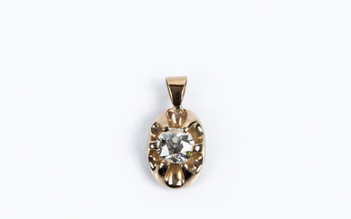 Yellow gold pendant with an old brilliant cut diamond,...