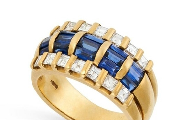 A VINTAGE SAPPHIRE AND DIAMOND DRESS RING in 18ct