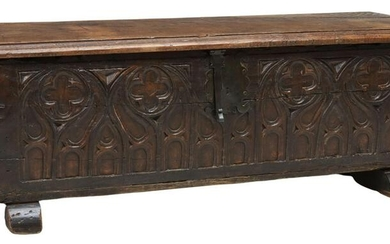 GOTHIC REVIVAL TRACERY-CARVED OAK COFFER TRUNK