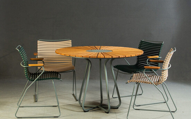 HOUE, 4x Click Chair with armrests + Circle Table.