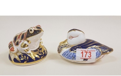 Royal Crown Derby Frog paperweight in the Imari palette (gol...
