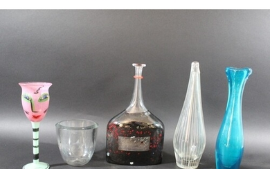 SWEDISH & OTHER GLASS a mixed lot including a Kosta Boda gla...