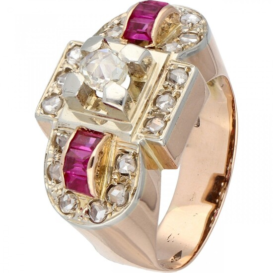 18K. Bicolor gold retro tank ring set with diamond and synthetic ruby.