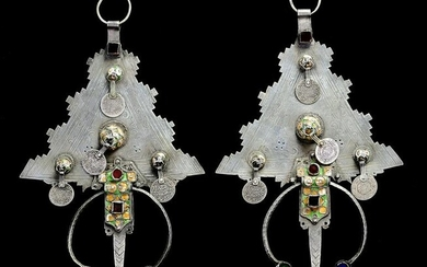 A PAIR OF LARGE SILVER AND MINERAL STONE INLAY