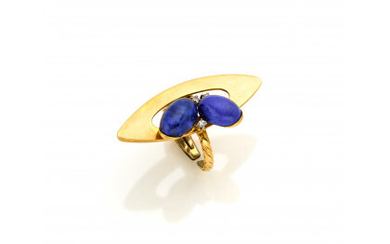 Yellow gold lapis lazuli and small diamonds spring ring with white gold details, g 13.37 circa size 14/54. (defects)Read more