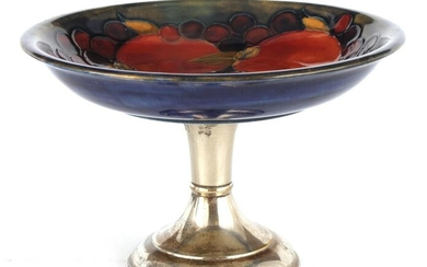 A 1930S/40S MOORCROFT TAZZA WITH SILVER PLATED PED