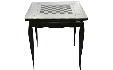 A FRENCH MIRRORED TOP GAMES TABLE, EARLY TO MID 20TH CENTURY