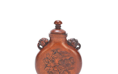 A LARGE CARVED BAMBOO SNUFF BOTTLE AND COVER
