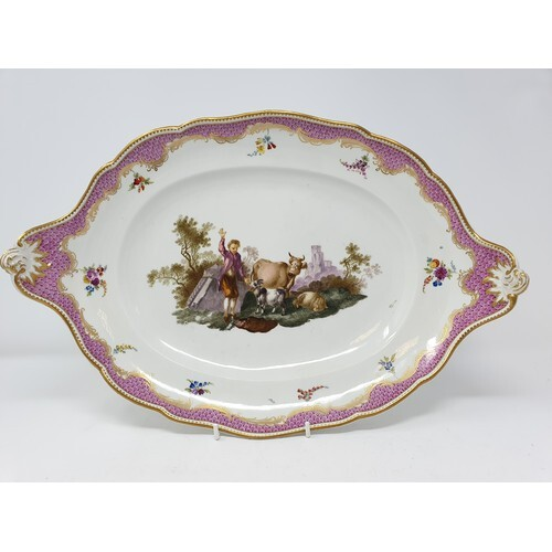 A pair of late 18th/early 19th century Meissen Marcolini per...