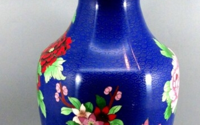 Old High Quality Large Sized Chinese Cloisonne Vase