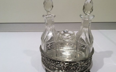Silver Condiment set with crystal flasks and trays (6) - .833 silver - ZaanlandseZilversmederij Haarlem - Amsterdam 1927 - Netherlands - Early 20th century