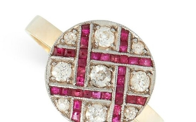 A RUBY AND DIAMOND RING in yellow gold, the circular