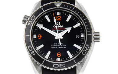 OMEGA - a gentleman's stainless steel Seamaster Professional Planet Ocean 600M Co-Axial wrist watch.