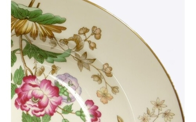 Wedgwood Charnwood patterned tea & dinner ware to include: T...