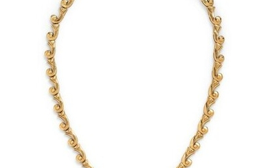 YELLOW GOLD, COIN AND DIAMOND NECKLACE