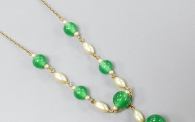 A 9ct, chrysoprase and simulated pearl set drop necklace, 42...