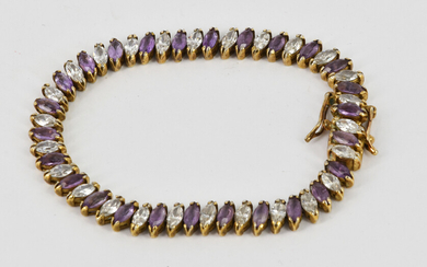 A SILVER AND AMETHYST BRACELET