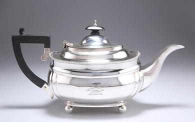 A GEORGE V SILVER TEAPOT, by C S Harris & Sons