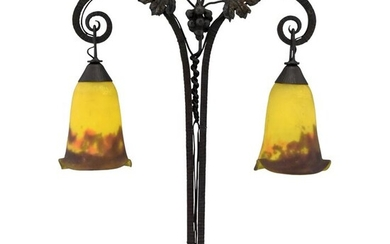 Müller Frères - Art Deco table lamp in glass paste and wrought iron