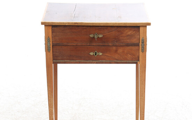 SIDE TABLE, 1900s.