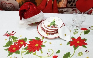 Spectacular Christmas tablecloth in pure linen with full stitch embroidery by hand - 270 x 175 cm - Linen - 21st century