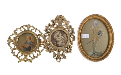 A COLLECTION OF THREE LATE 19TH CENTURY GILTWOOD PICTURE FRAMES