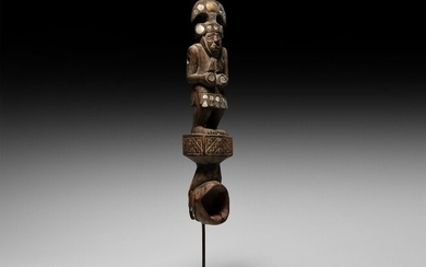 Pre-Columbian Chimu Spoon with Inlaid Standing Figure. 10th-11th century AD....