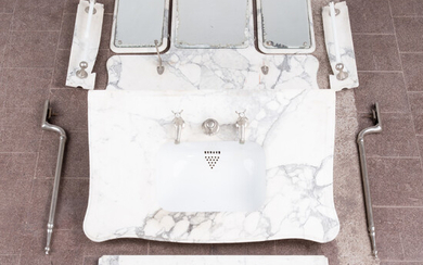 Washbasin ensemble with three wall mirrors and two towel holders, marble, steel (10).