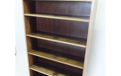 An early 20th century mahogany open bookcase, 82cm wide, 132...